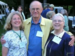 Marvin and Emilie Snyder with Carole Groh (left) during the 2004 National Meeting at Dawes Arboretum in Ohio