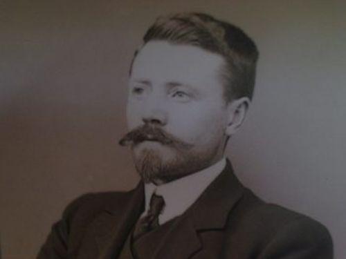 E. H. Wilson (1876 – 1930)